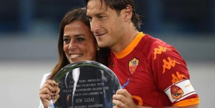 """Rosella Sensi a Totti: """"Un traguardo da festeggiare con le tue grandi donne"""""""