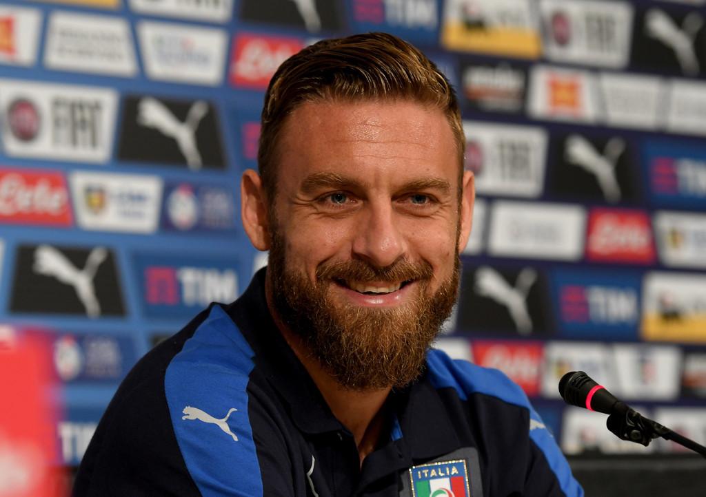 De Rossi carica l'Italia: